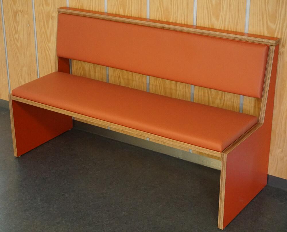 formu bank f r schulmensen bildung einrichten. Black Bedroom Furniture Sets. Home Design Ideas