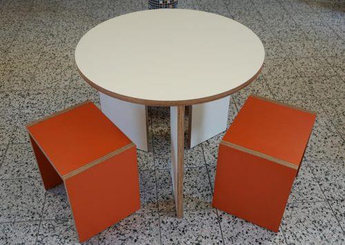 BirchUP Tisch rund mit Hockern-04