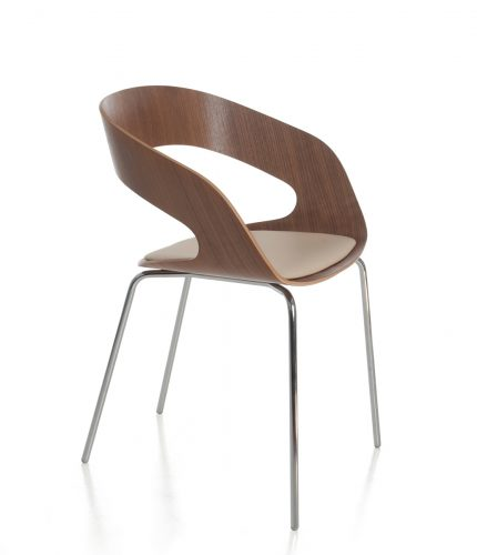 Chat 02_walnut uph seat