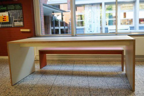 FormU-Tisch und -Bank-03