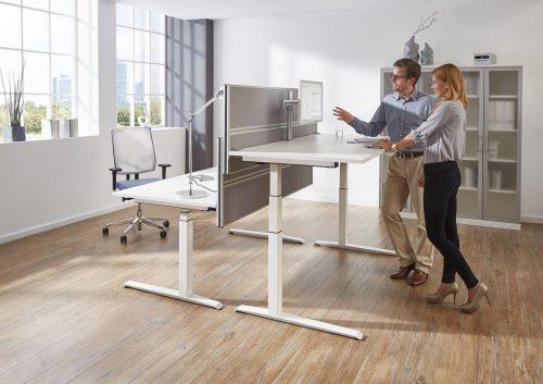 Steh-Sitztisch-01