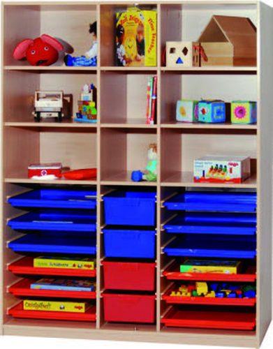 Materialregal links und rechts 6 Flachschubladen mittig 3 hohe Schubladen