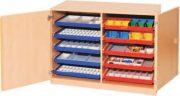 Materialcontainer mit Aufbewahrungsboxen 02