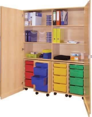 Schrank mit Aufbewahrungsboxen 26